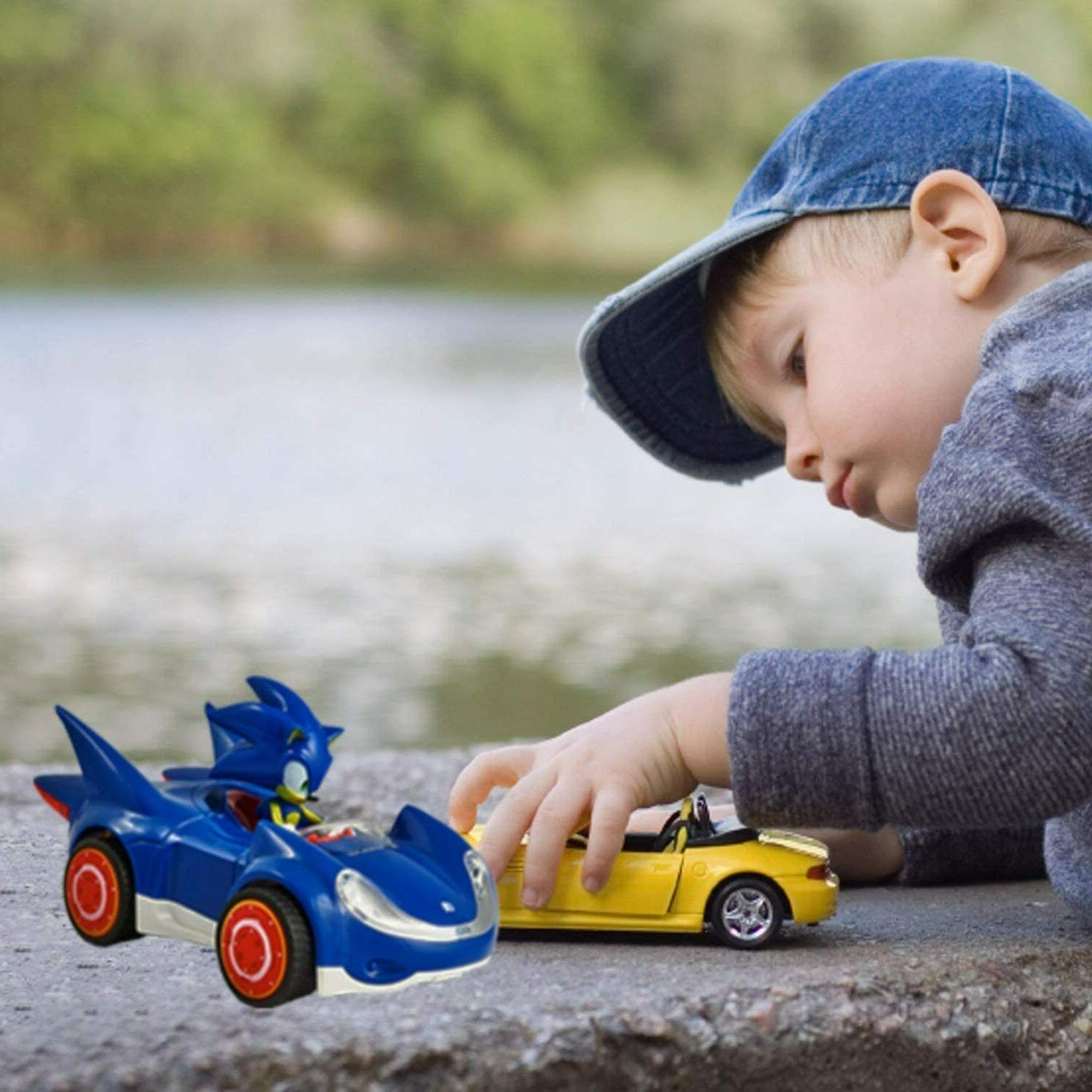Sonic the All Star Racing Pull Action Car Figure